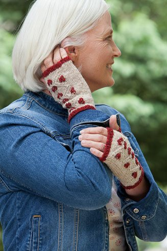 Cranberry mitts fingerless glove knitting pattern by Cassie Castillo