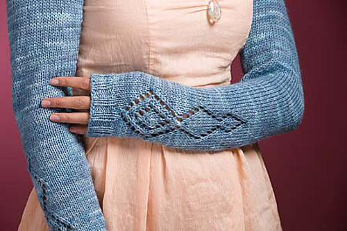 Camellia Shrug by Cassie Castillo.  Lace counterpane shrug worked from the center out.